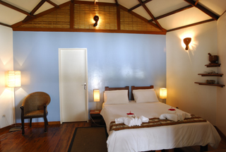 loango-lodge-room3